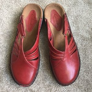 Clarks Red Mules